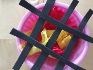 www.cupcakesndlace.com